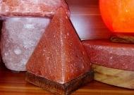 Himalayan salt lamp, pyramid with USB cable